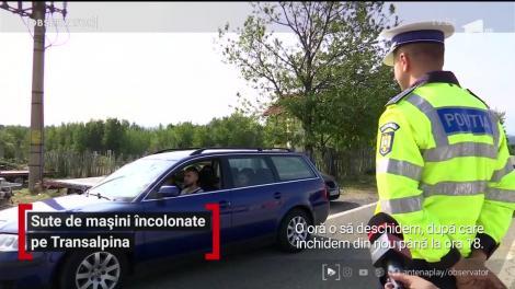 Sute de mașini încolonate pe Transalpina