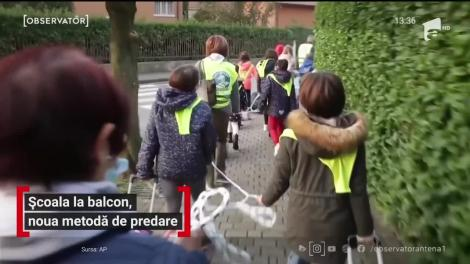 Școala la balcon, noua metodă de predare a unui profesor din Italia