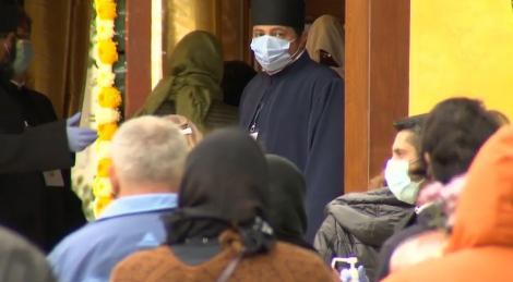 Pelerinajul în Dealul Patriarhiei a început azi cu multe restricţii pentru credincioşi