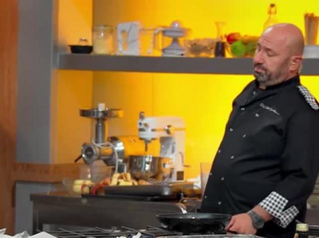 """Chef Florin Dumitrescu, dictator la Chefi la cuțite! Rizea: """"Scărlătescu e parfum pe lângă el"""""""