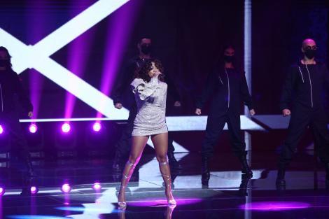 Finala X Factor 2020: Bella Santiago, recital incediar