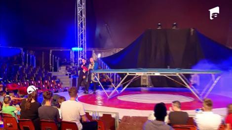 Marian Drăgulescu, super număr la trambulină în spectacolul de circ