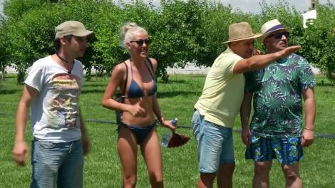 Surorile Crudu, Jorge şi Romică Ţociu, zilieri la o fermă!