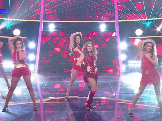 "Mirela Vaida se transformă în Shakira - ""Whenever, Wherever"", la Te cunosc de undeva!"