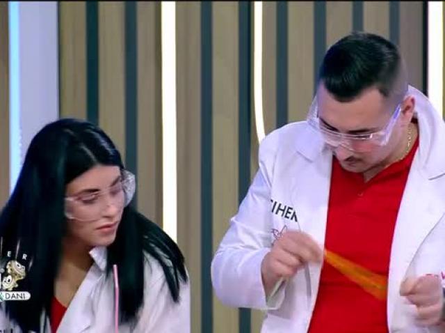 """Profesorii Trăsniți au cel mai tare experiment pentru cuplurile din cadrul concursului """"Căsătorește-te la Neatza"""""""