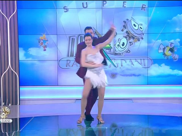 Magdalena Chihaia și Daniel Tănase, super demonstrație de bachata, în direct, la Neatza!