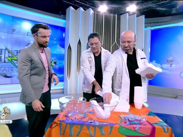 Cum să faci slime din polistiren! Chef Sorin Bontea și chef Cătălin Scărlătescu, super experiment la Neatza