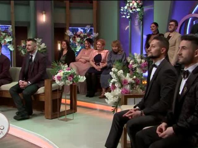 """Trei cupluri s-au căsătorit în emisiunea Mireasa! Andra și David, Radu și Mădălina, Andreea și Alexandru au spus un """"DA"""" hotărât!"""