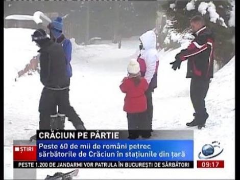 Mulţi români petrec Crăciunul pe pârtie