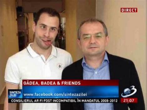 Tânărul care s-a strâmbat într-o poză alături de Emil Boc, la Antena 3