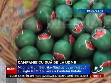 UDMR-ul a intrat în campanie electorală de Paşte! Ouă cu sigla partidului au fost împărţite etnicilor maghiari