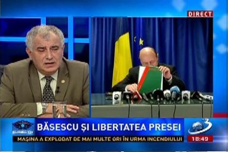 Subiectiv: Laudele adresate presei de Băsescu, critate dur de senartorul PC, Dumitru Pelican