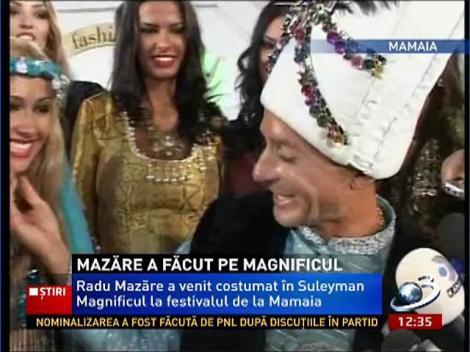 Mazăre şi-a tras harem! S-a costumat în Suleyman Magnificul şi a fost înconjurat de cadâne