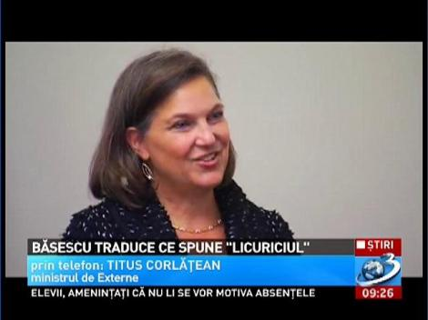 """Băsescu traduce ce spune """"licuriciul"""""""