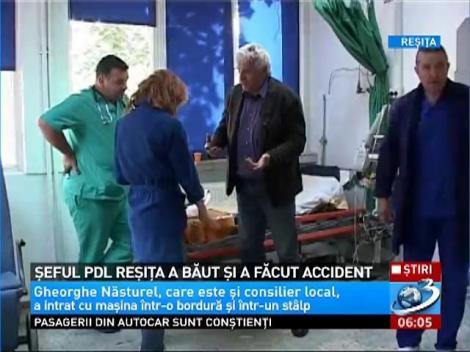 Şeful PDL Reşiţa s-a urcat beat la volan şi a făcut accident