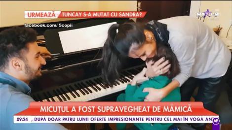Prima lecție de pian pentru băiețelul Ancăi Serea. Noah moștenește pasiunea pentru muzică.