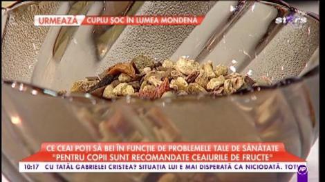 """Ce ceai poți să bei în funcție de problemele tale de sănătate. Corina Bernschutz: """"În ceaiurile de plante puneți doar miere"""""""