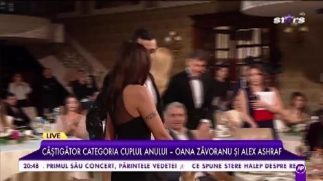 """Câștigătorii la categoria """"Cuplul anului"""" - Oana Zăvoranu și Alex Ashraf"""