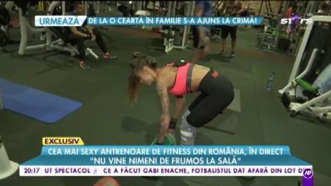 Cea mai sexy antrenoare de fitness din România, surprinsă în timpul antrenamentului
