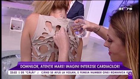 """Războiul cu apă continuă la """"Agenția Vip""""! Imagini interzise cardiacilor cu Flore Salalidis și Bianca Sârbu"""