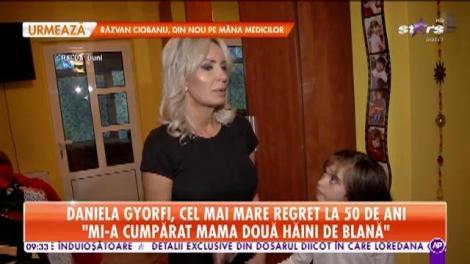 Daniela Gyorfi a deschis ușa casei și a prezentat dressing-ul său! Însă nu singură, ci alături de fetița ei, Maria!