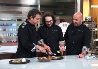 Ce se întâmplă în culisele Chefi la Cuțite. Imagini surprinse cu Florin Dumitrescu și Sorin Bontea la filmarile pentru noul sezon