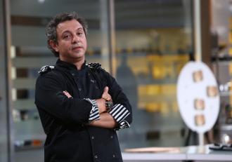 """Sorin Bontea de la """"Chefi la cuțite"""" are un frate celebru! Cine este și cum arată Daniel Bontea"""