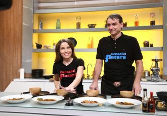 Chefi la cuțite, 12 aprilie 2021. Andrei Păunescu și Maria Măgirescu au făcut spectacol muzical de excepție
