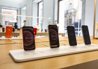 iPhone 13 Pro. Care ar fi culoarea nouă, folosită în premieră de Apple, și o altă schimbare importantă
